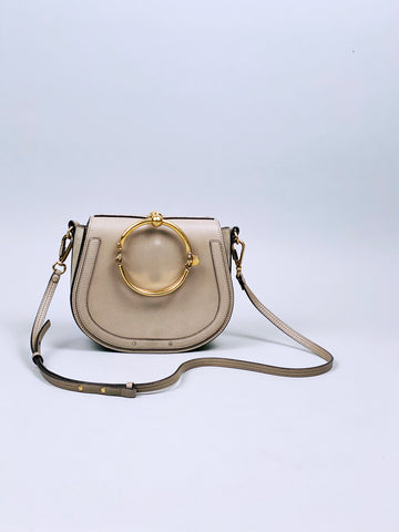 CHLOÉ Nile Bracelet Small Textured-Leather and Suede Shoulder Bag Biscotti Beige