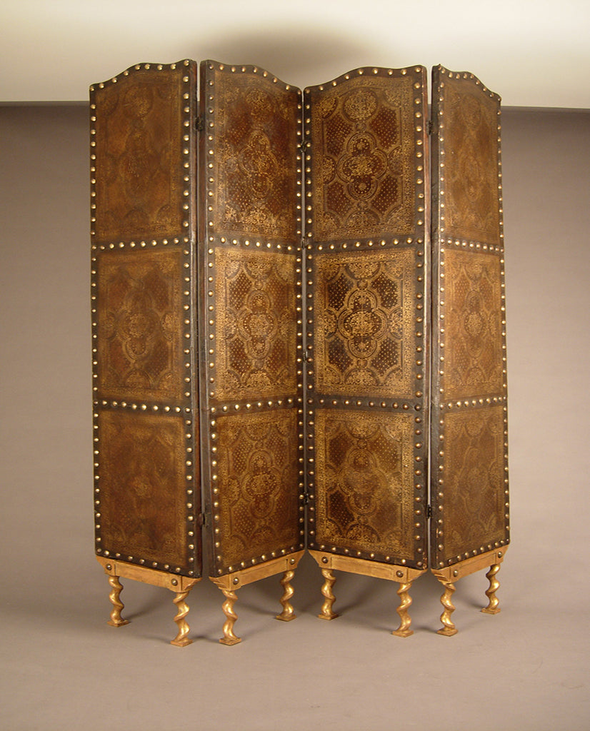 PORTUGUESE BAROQUE FOUR-PANEL PARCEL-GILT TOOLED LEATHER SCREEN