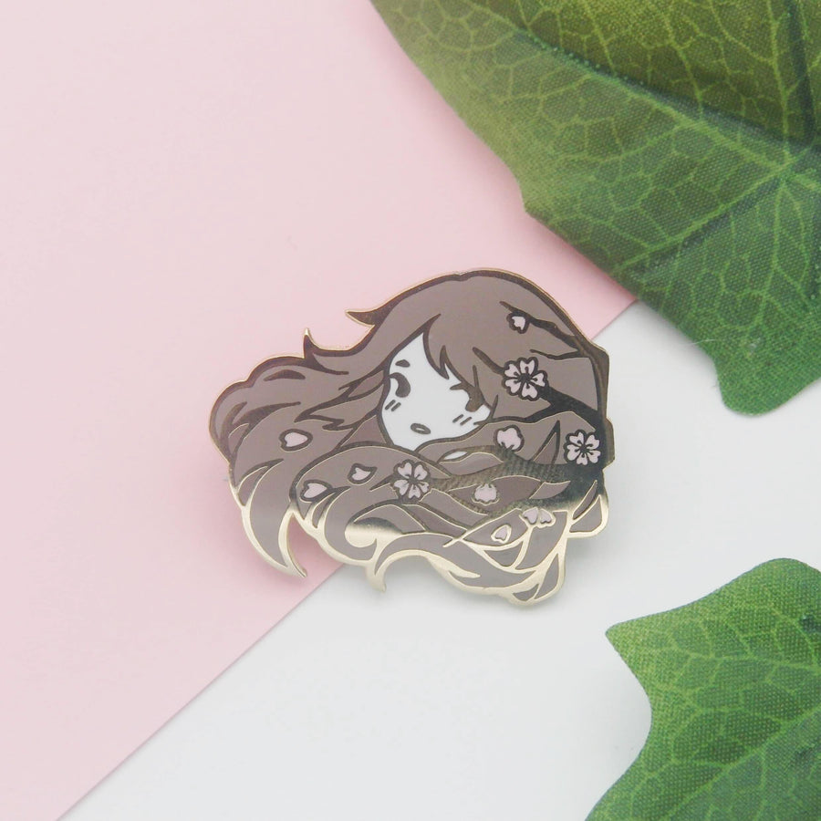 Unspoken: Fleeting enamel pin