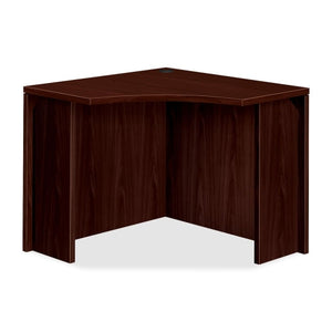 "HON 10500 Series Curved Corner, 18""D, Square Edge - Material: Wood"