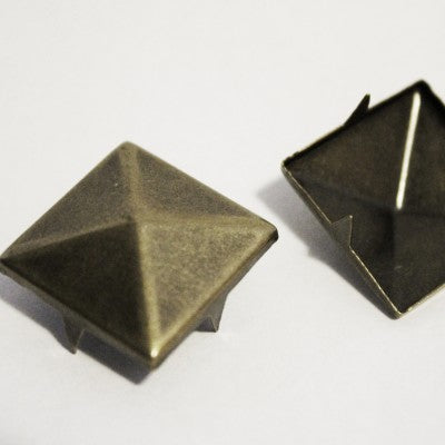 "1/2"" Antique Brass Pyramid Studs (50-pack)"