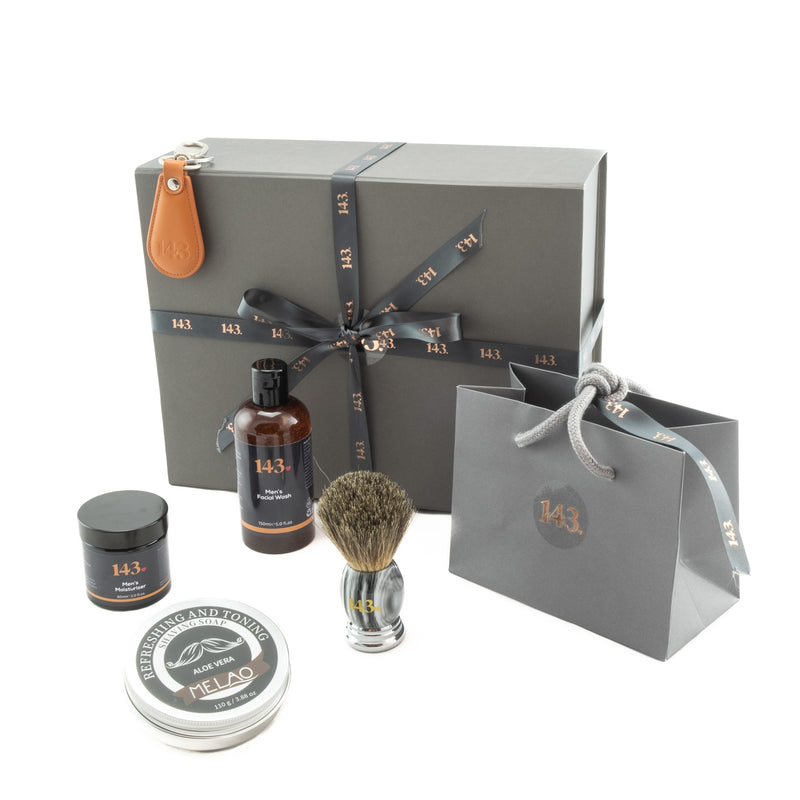 Man time gift set for all men who like to be clean shaven - only from our 143 online shop!