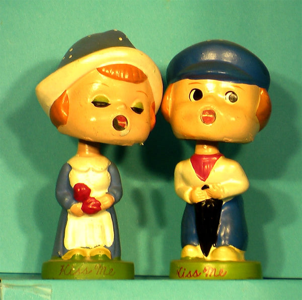 Vintage Dutch Kissing Bobblehead