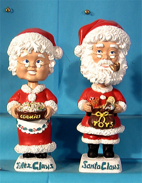 Mr & Mrs Santa Clause sams bobbleheads