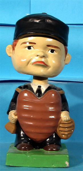 Vintage Umpire green base bobblehead nodder