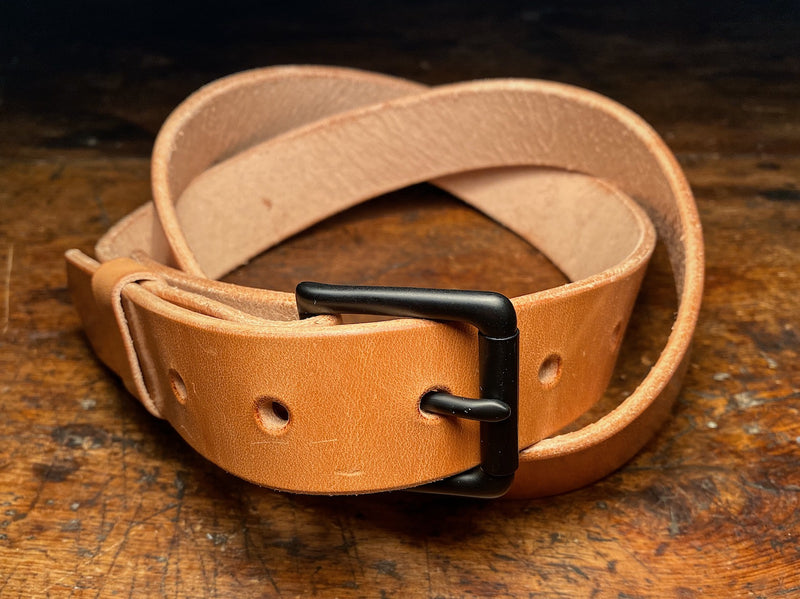 Russet veg-tan leather Ashfield belt with black PVD buckle