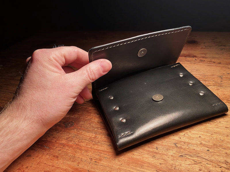 magnetic snap on leather fly fishing wallet in black