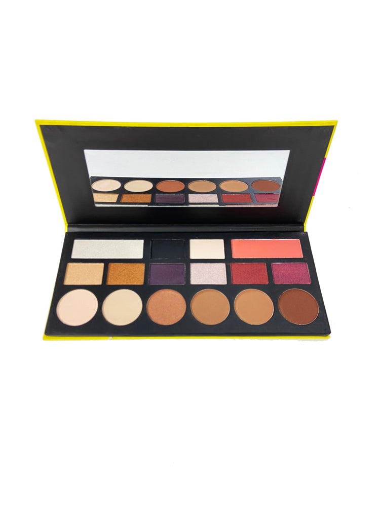 Celavi Ultimate Glow Eyeshadow Palette