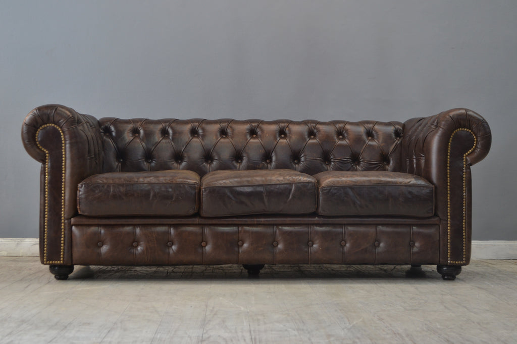 SILLON CHESTERFIELD CHOCOLATE