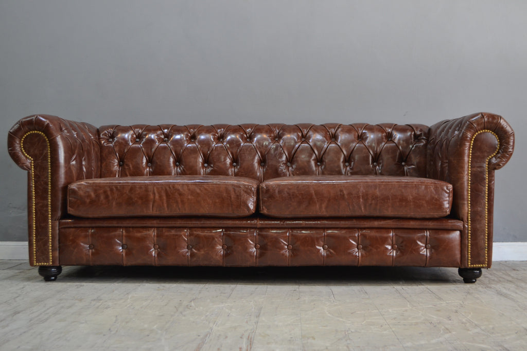 SILLON CHESTERFIELD CAOBA