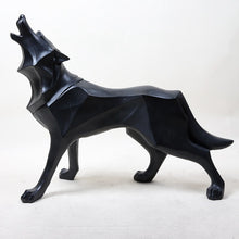 Load image into Gallery viewer, Wolf Statue