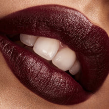 Load image into Gallery viewer, Stunna Lip Paint Underdawg - deep burgundy