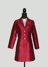 Load image into Gallery viewer, Blazer Love in winter sheen Maroon Silk
