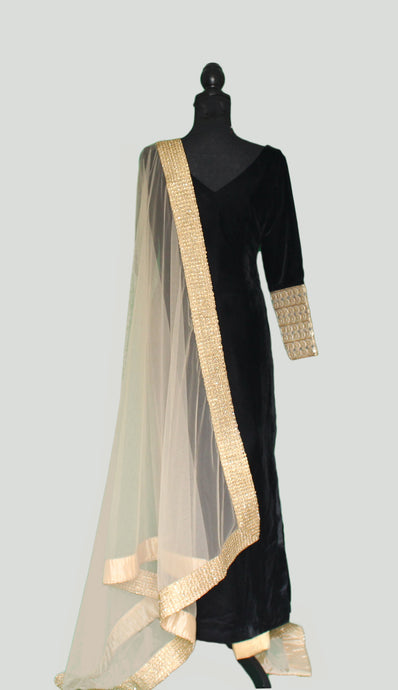 Every bit Royal in Velvet Black Long Top and Golden Brocade Trousers