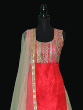 Load image into Gallery viewer, Kundan embellished kurta sharara set