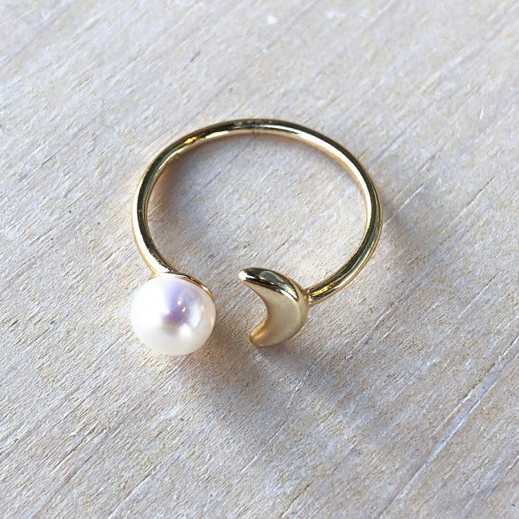 Salt Water Pearl/Moon Ring