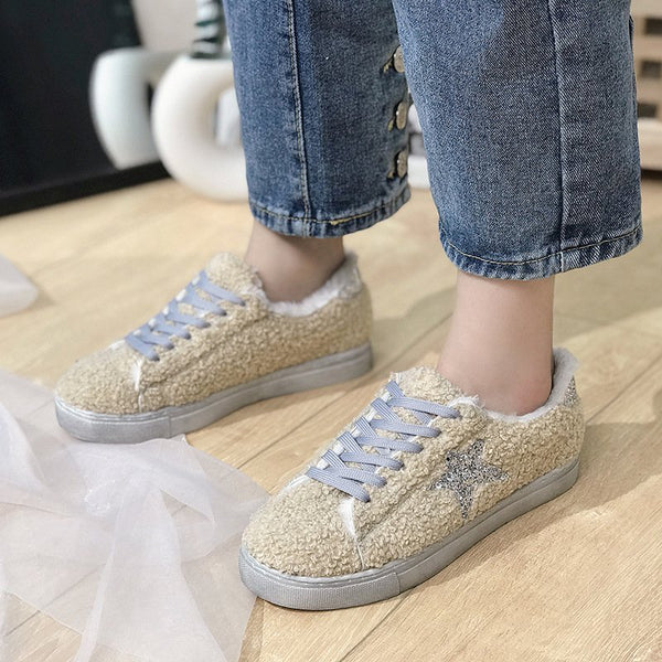 Star Accents Sneaker Daily Casual Shoes