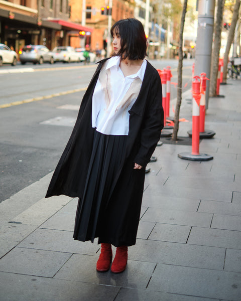 OVERSIZED OFF-SET COLLAR SHIRT