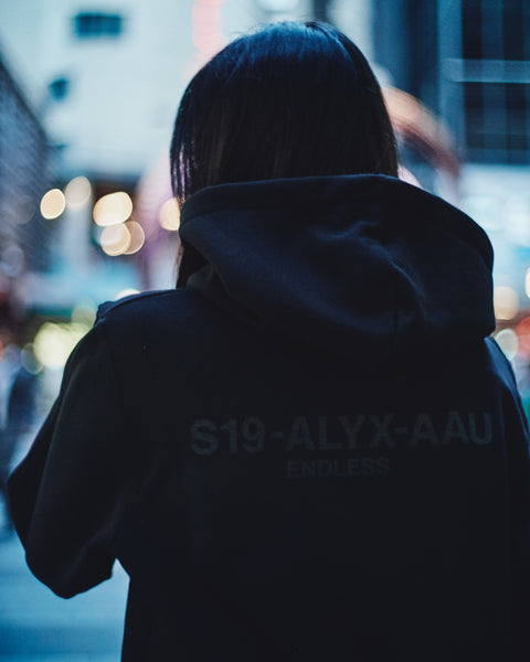 1017 ALYX 9SM LOGO COLLECTION HOODIE [AVUSW0001A-001]