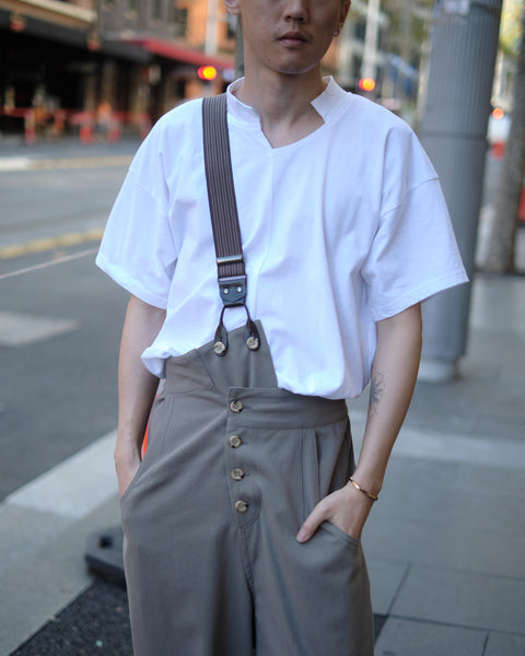 LIMI feu CROSSBODY SUSPENDER PANTS