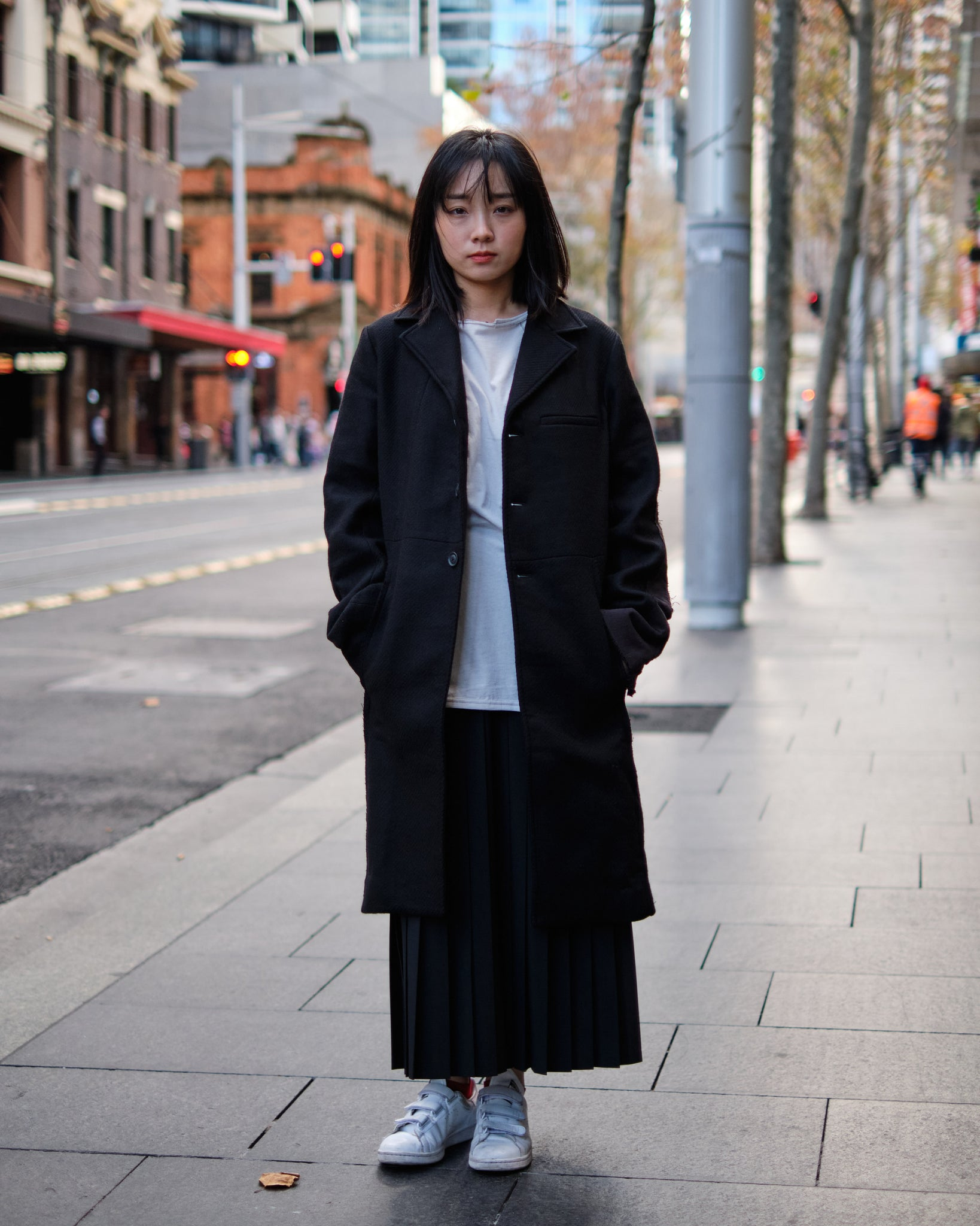 PROFESSOR.E FRAYED EDGE WOOL COAT
