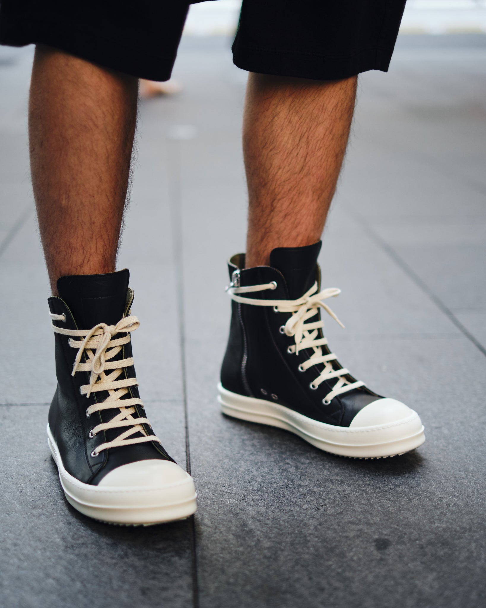 RICK OWENS LEATHER HI-TOP SNEAKER