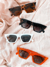 Load image into Gallery viewer, Dream big | Sunglasses