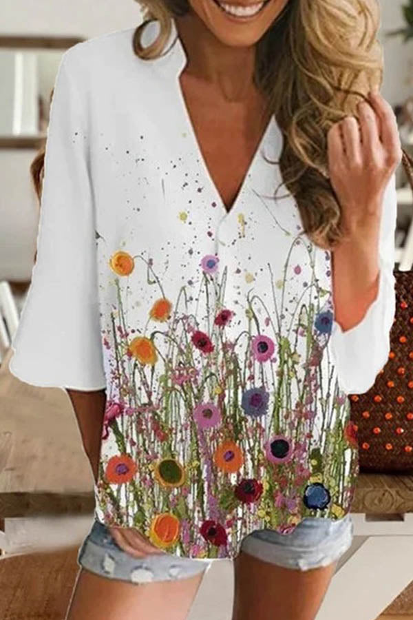 V-neck 3/4 Sleeves Floral Print Paneled Casual T-shirt