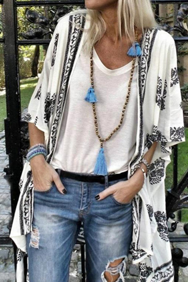 Bohemian Graphic Print Half Sleeves Holiday Cardigan