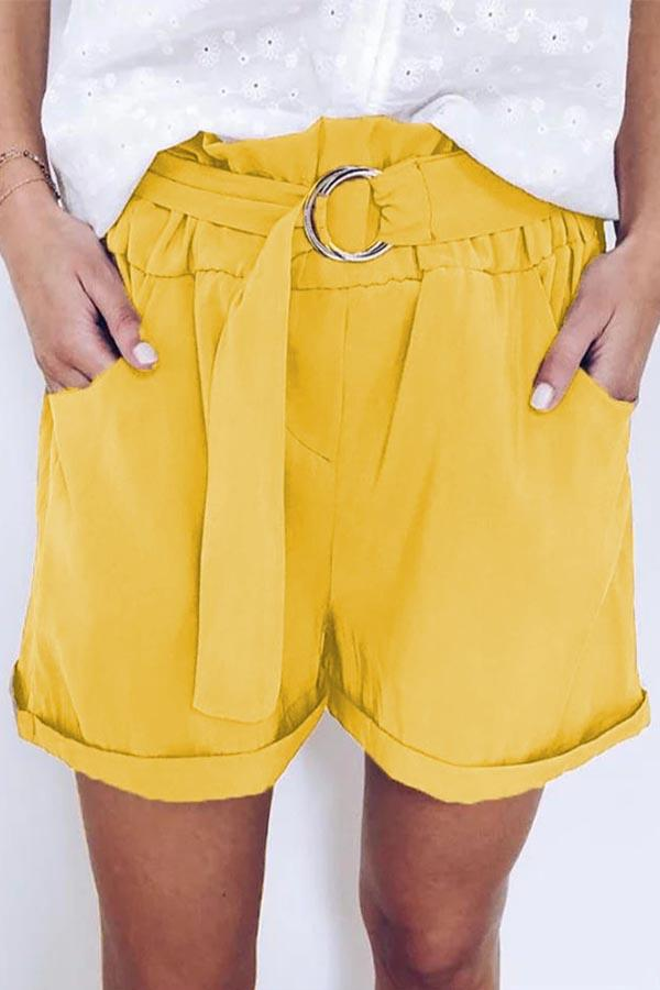 Paneled Solid Pleated Side Pockets Short Pants