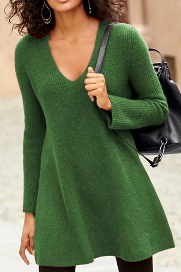 Solid V-neck Knitted Sweaters