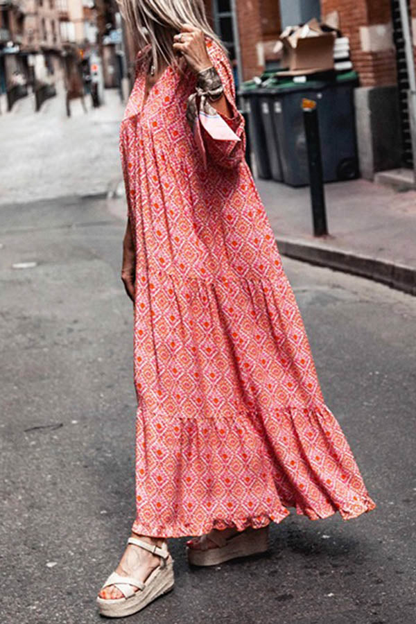 Bohemian Geometric Print Paneled V-neck Pleated Holiday Maxi Dress
