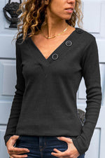 Buttoned V-neck Solid Paneled Sheath Knitted T-shirt