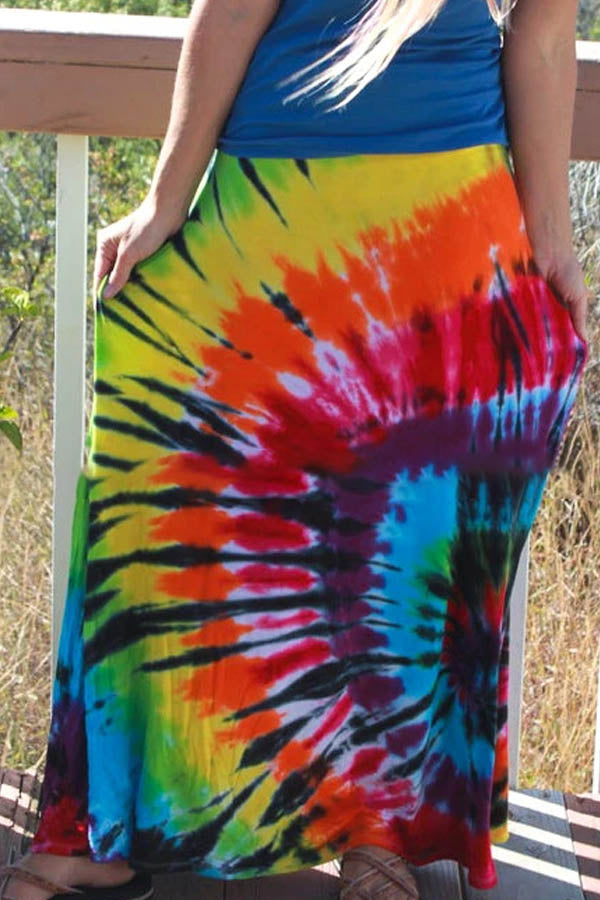 Holiday Swirl Gradient Print Maxi Skirts