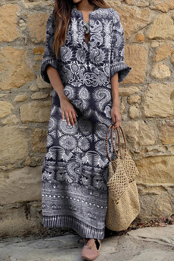 Bohemian Graphic Print Paneled V-neck Holiday Maxi Dress