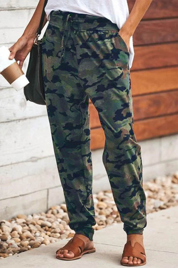 Camouflage Print Drawstring Waist Casual Pants
