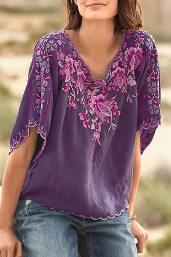 Floral Print V-neck Half Sleeves Casual Blouse
