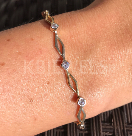 14K Open Diamond Link Matte