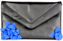 Load image into Gallery viewer, Modern Flower Clutch