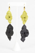 Load image into Gallery viewer, Cassy Double Earrings