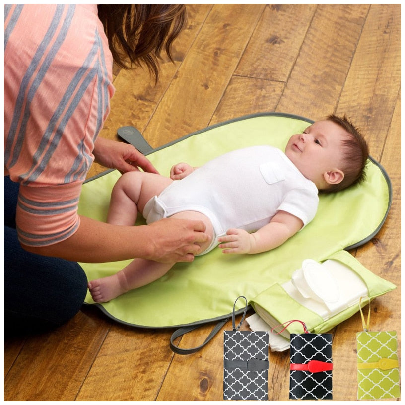 Mommy Clutch - Portable Baby Changing Station - Trendz Again
