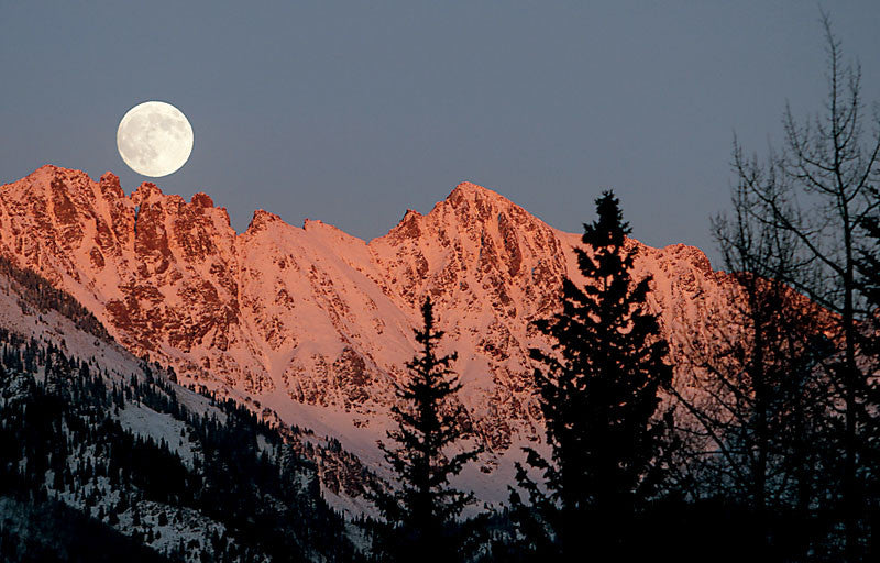 Gore Range Alpenglow and Moon Rise