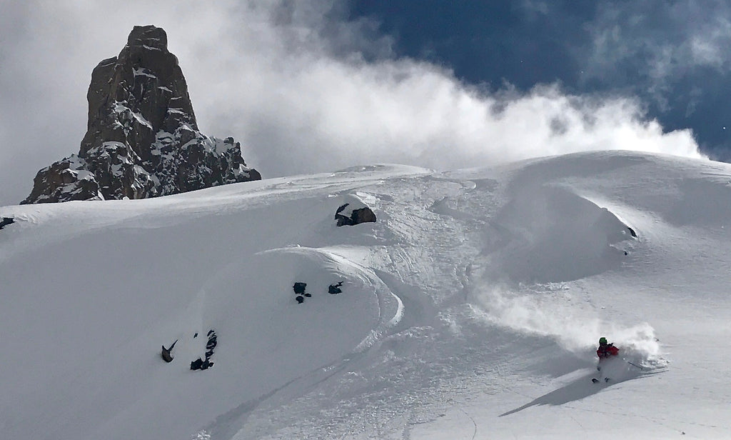 Powder Skiing Refugio Frey