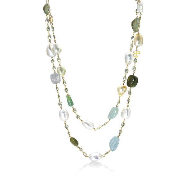 Resort Esmerelda - Baroque pearl necklace
