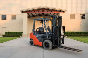 5,000 lb, Dual Fuel, Industrial/Warehouse Forklift For Rent