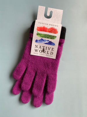 Load image into Gallery viewer, purple merino possum wool gloves made in new zealand