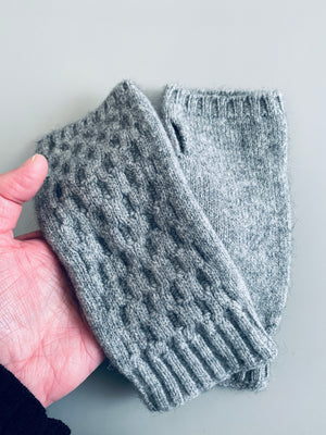 Load image into Gallery viewer, Wristwarmers: Possum & Merino Wool, Made in New Zealand