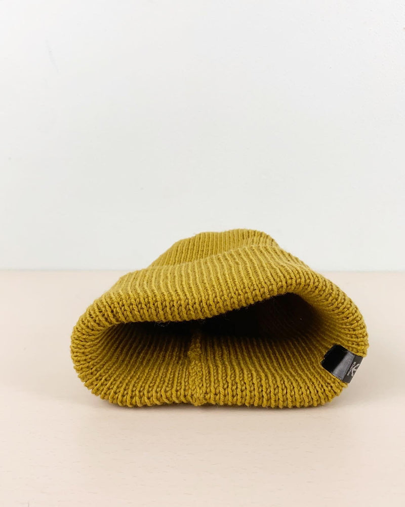 Load image into Gallery viewer, Beanie: Famous Wharfies Handmade Wool Beanie, Made in New Zealand