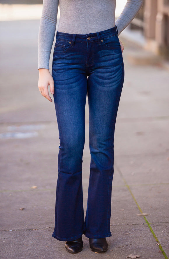 Diggin' These Flare Jeans KanCan
