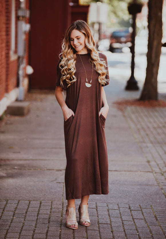 Mocha Short Sleeve Maxi Dress w/ Pockets